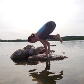 Posturas de yoga para reducir y fortalecer abdomen.