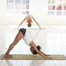 Yoga para reducir ansiedad y calmar la mente